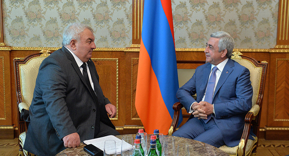 CSTO secretary-general Yuriy Khachaturov meets with former Armenian president Serzh Sargsyan in Yerevan in August 2017. (photo: CSTO)