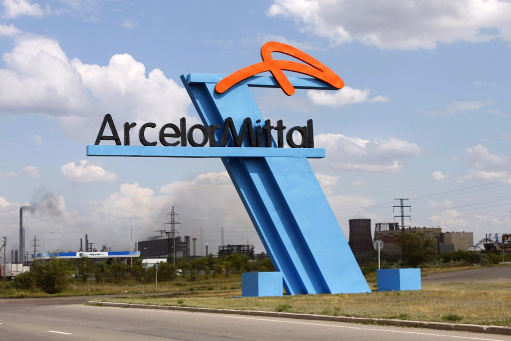 To pay or not to pay: MPs complain of funny business at ArcelorMittal Temirtau. (Photo: Wikimedia Commons/Nikolay Olkhovoy)