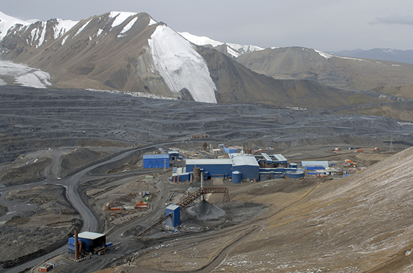 Going for gold: Kyrgyzstan is dangling for more money from Kumtor. (Photo: Centerra Gold)