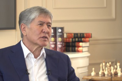Atambayev speaks to his April television channel