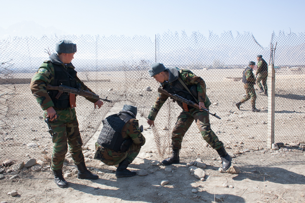Kyrgyz border guards patrol the edge of Tajikistan's Vorukh exclave (David Trilling)