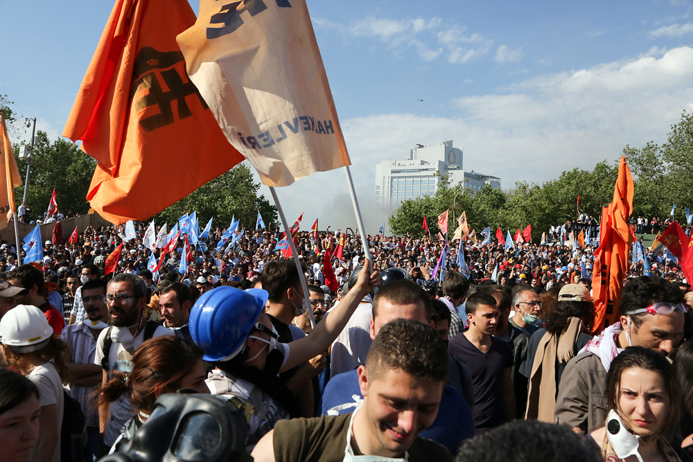 By the second day of the protest, the crowd in Istanbul grew larger and turned more anti government.