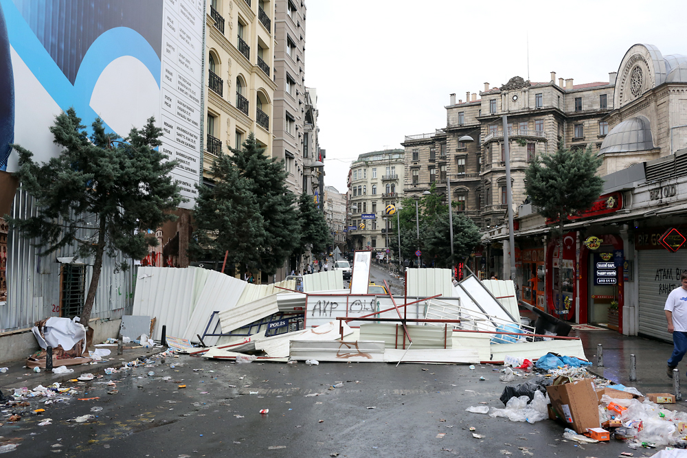 Street barricades were erected overnight between Taksim Square and the Cihangir district.