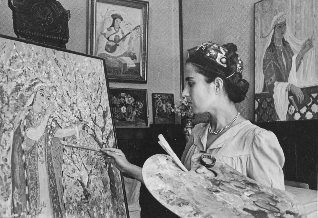 Shamsroi Khasanova, one of the first women painters of Uzbekistan