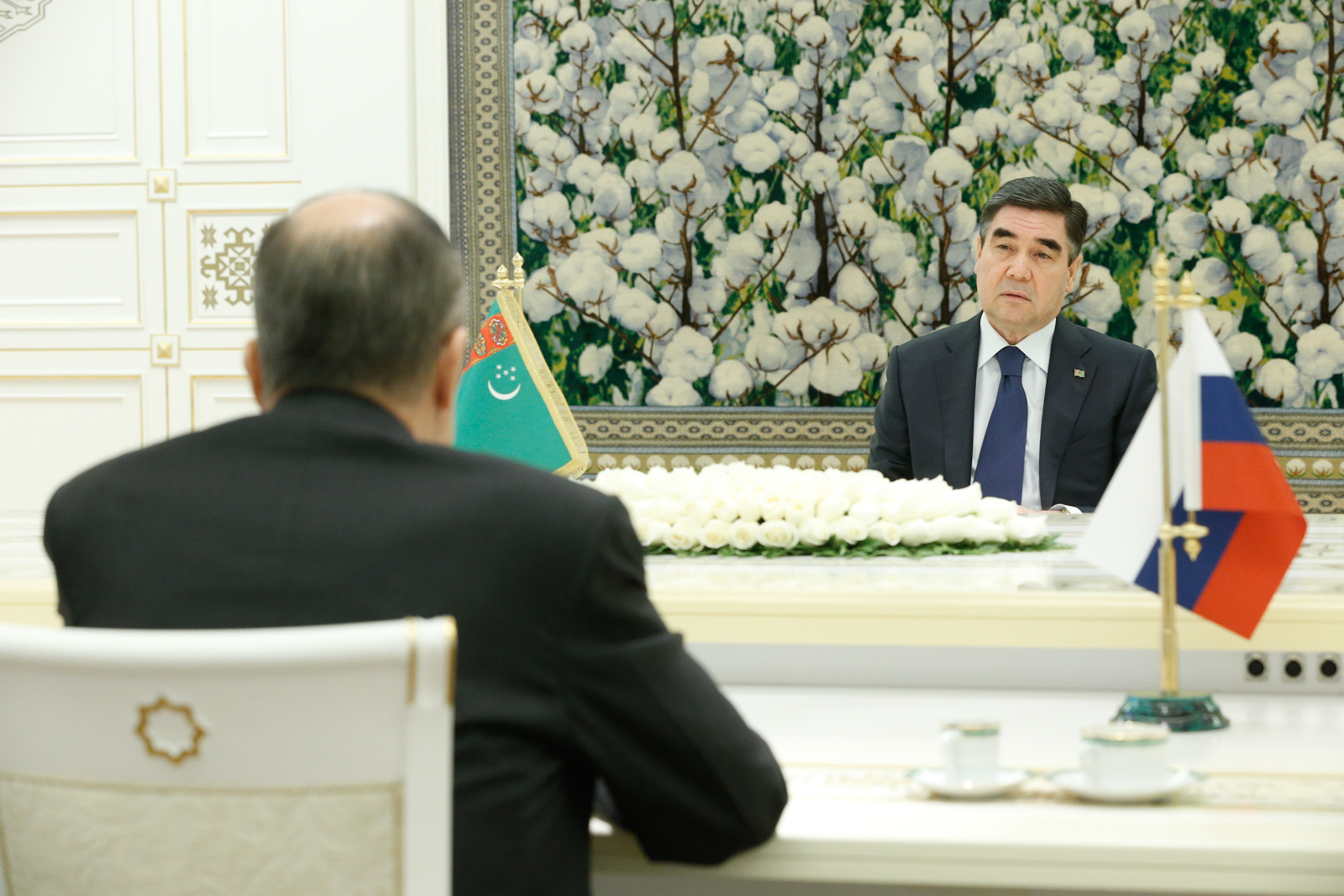 Russian Foreign Minister Sergey Lavrov met with the President of Turkmenistan, Gurbanguly Berdimuhamedov in Ashgabat on February 6, 2019.