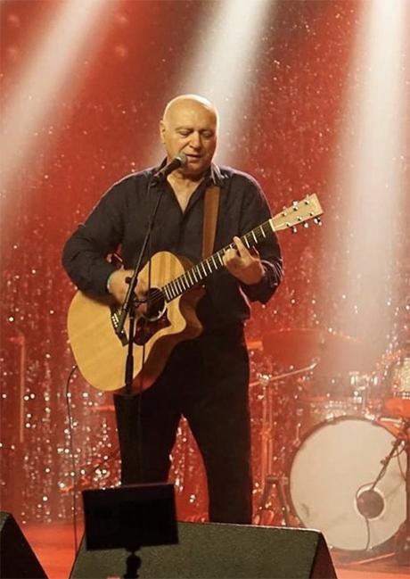 Frontman Kerem Gerdenzeri
