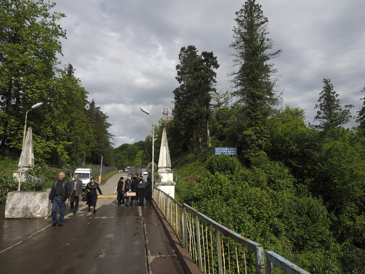 Crossing Abkhazia-Georgia border