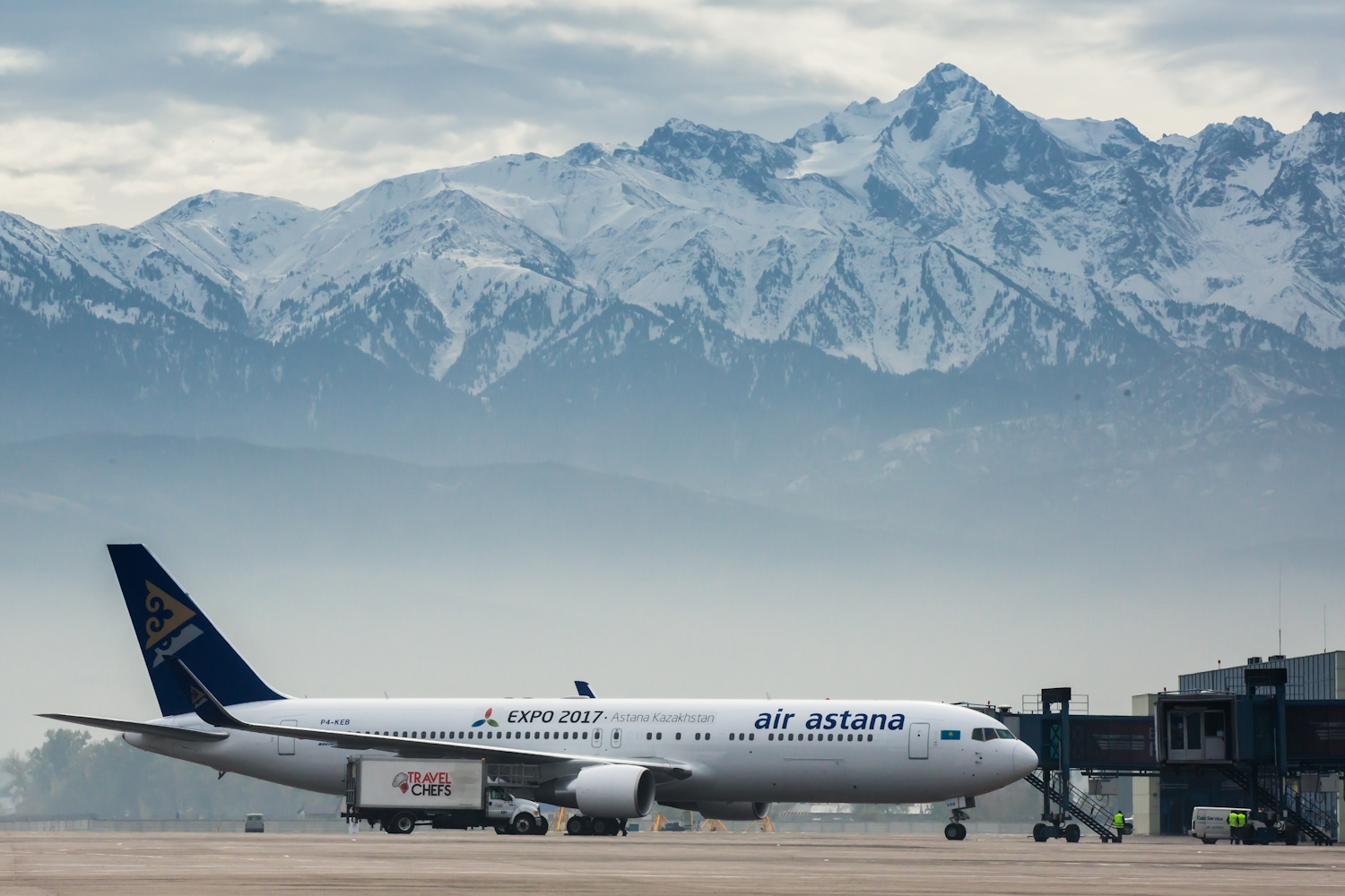 almaty airport / air astana