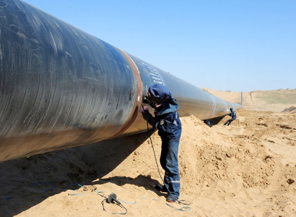 Media in Pakistan claim deliveries of gas through the TAPI pipeline could begin by 2019. (Photo: Turkmenistan presidential administration).