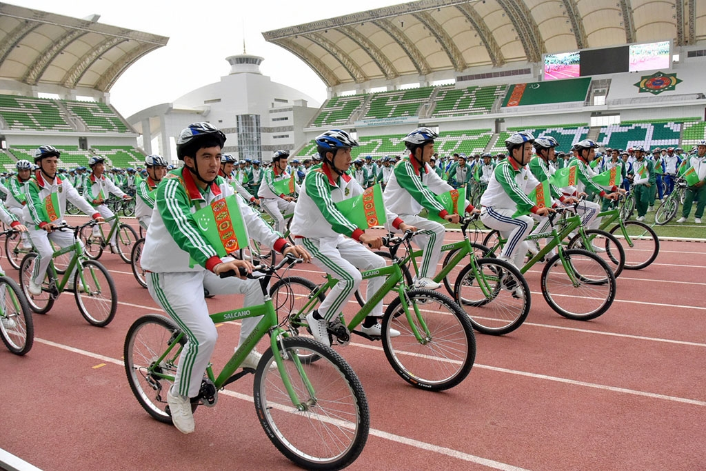 On June 1, 3,246 riders embarked on a mass jaunt that Turkmenistan's state media reported had earned the nation another entry in the Guinness Book of World Records.