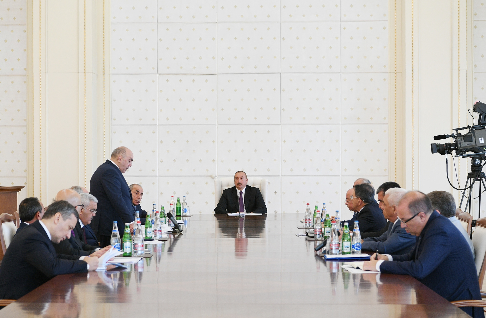 President llham Aliyev held a meeting on the country's energy system