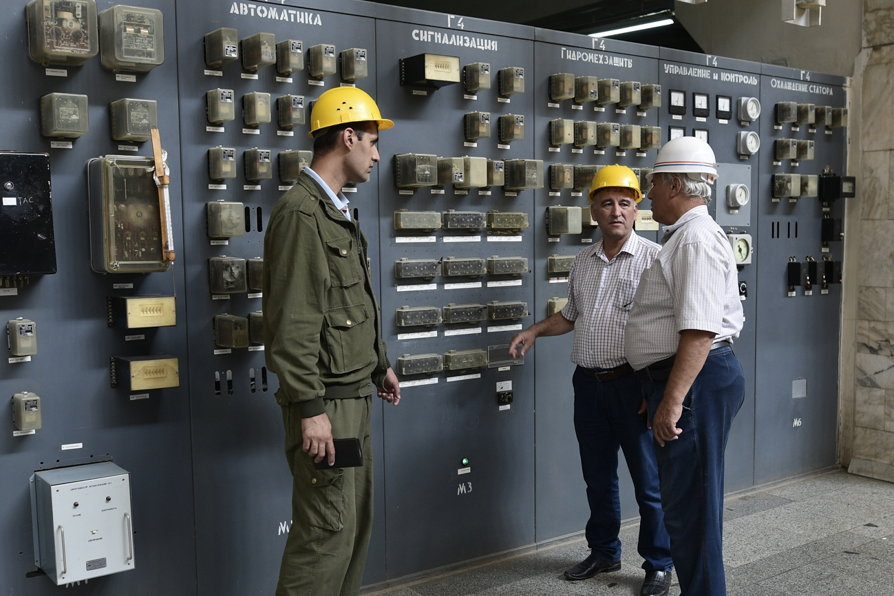 Technicians at a control center in the Nurek hydroelectric plant. (All photos by Nozim Kalandarov)