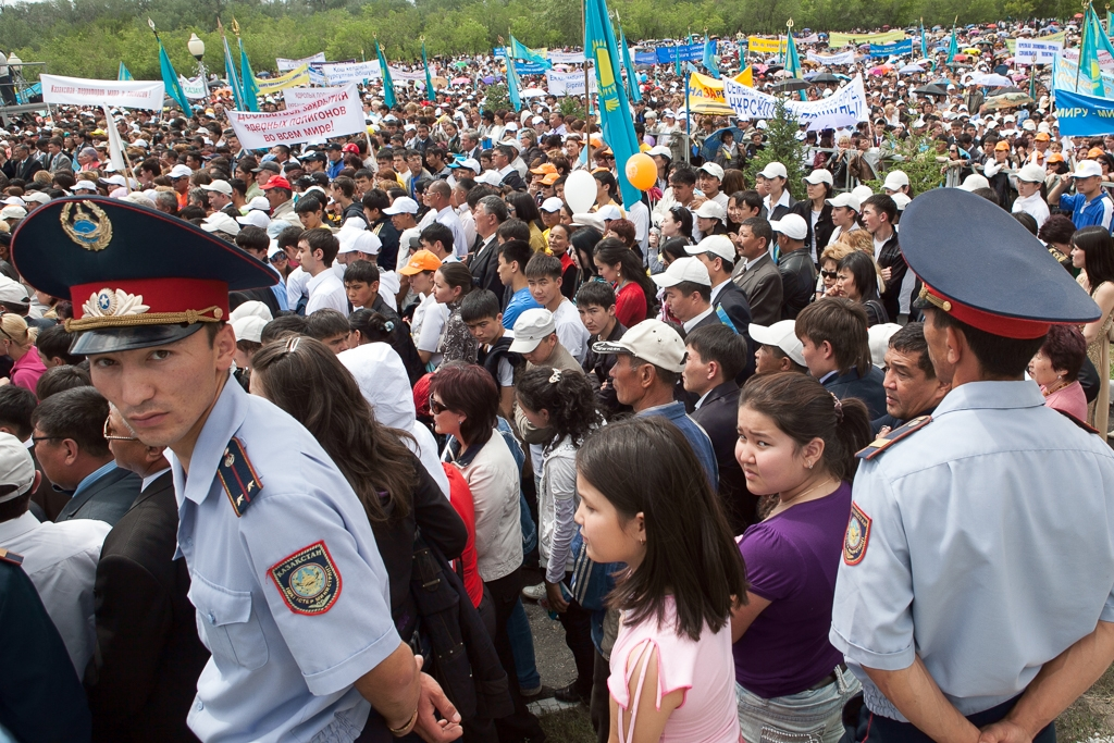 Kazakhstan: People vs  Police | Eurasianet