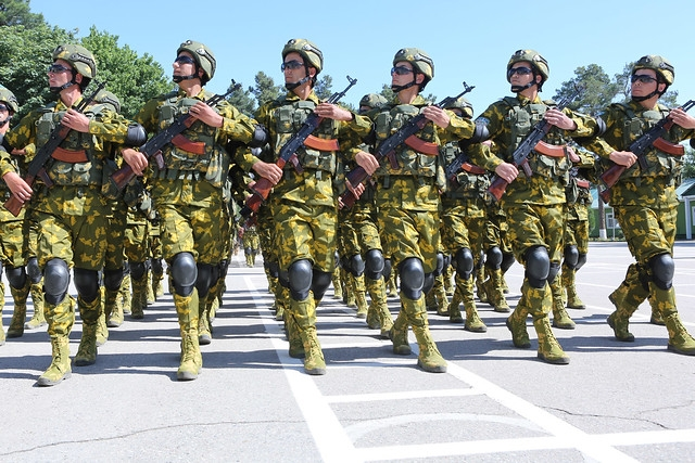 The cavalry is in town: Tajik army soldiers at a military parade on May 28, 2019. (Photo: Tajik presidential administration)