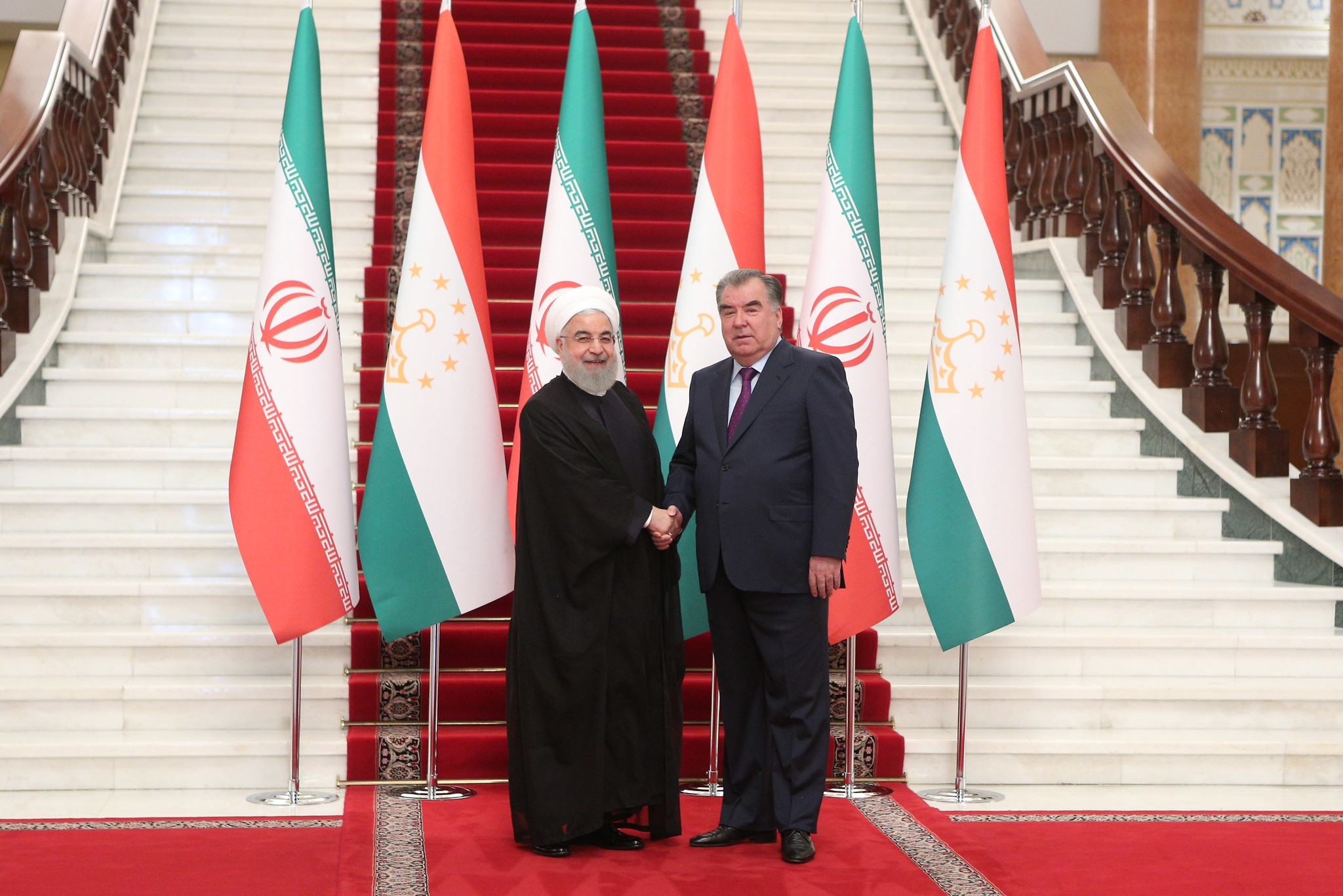 Iranian President Hassan Rouhani and Tajik leader Emomali Rahmon meeting in Dushanbe on June 15, 2019. (Photo: Tajik presidential administration)