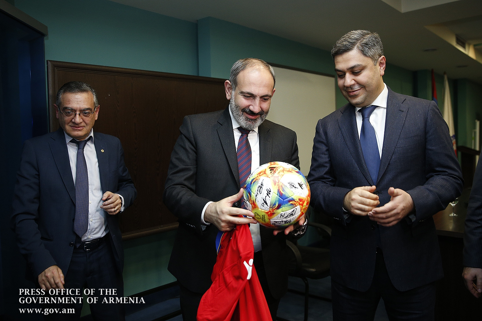 Pashinyan and Vanetsyan
