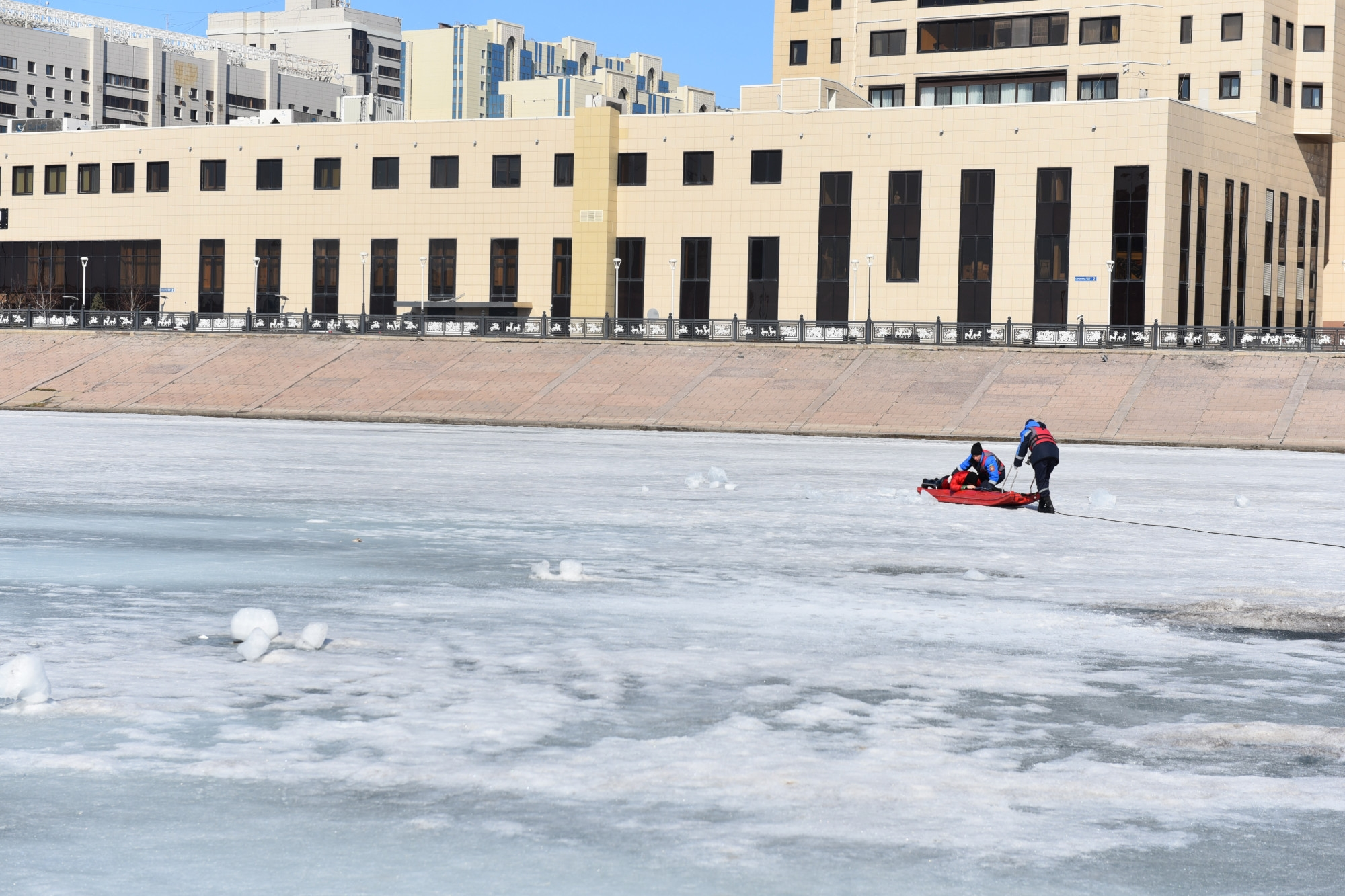 Thin ice: Nur-Sultan is not well designed considering how cold it gets. (Photo: Nur-Sultan city hall)