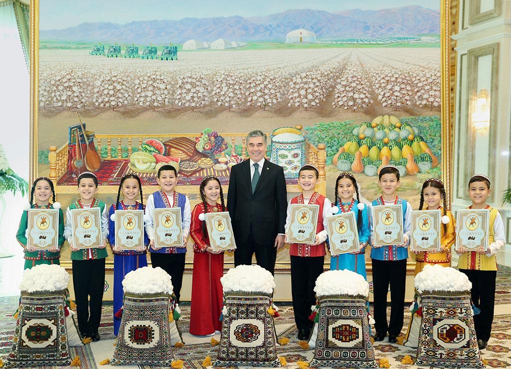Turkmenistan: Mamma mia, let me go | Eurasianet