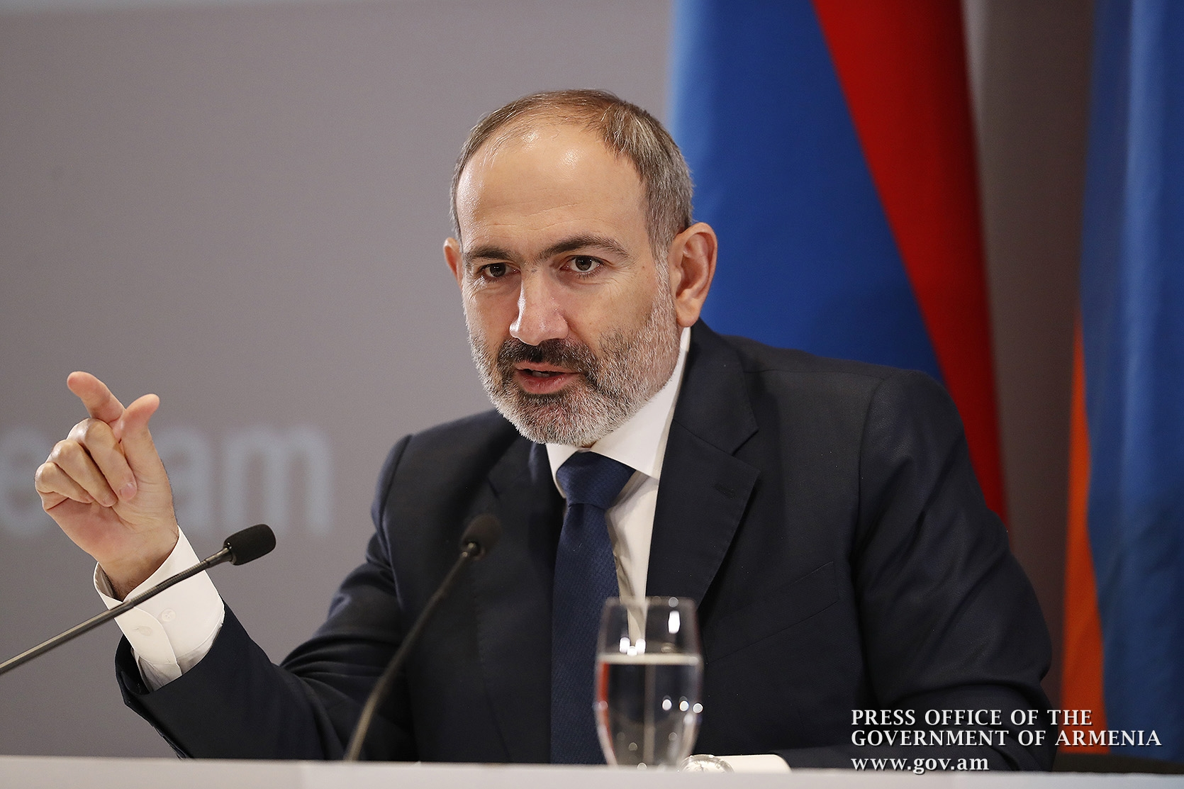 Armenian PM calls into question basis of talks with Azerbaijan