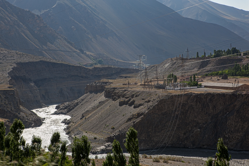 The Zarafshan River in northern Tajikistan. Future home to two Uzbek dams? (David Trilling)