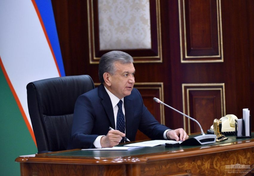 Food fighters: Mirziyoyev addressing a government meeting on the coronavirus crisis last week. (Photo: Presidential website)