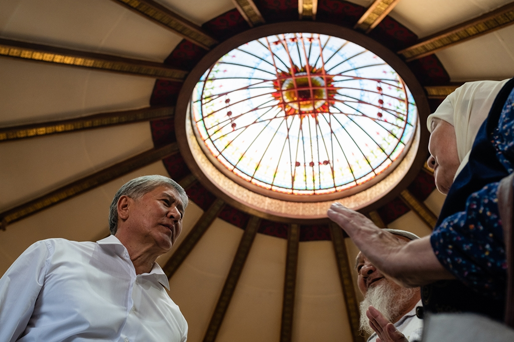 Atambayev meeting with supporters at his Koi-Tash residence in June 2019. (Photo: Danil Usmanov/Eurasianet)