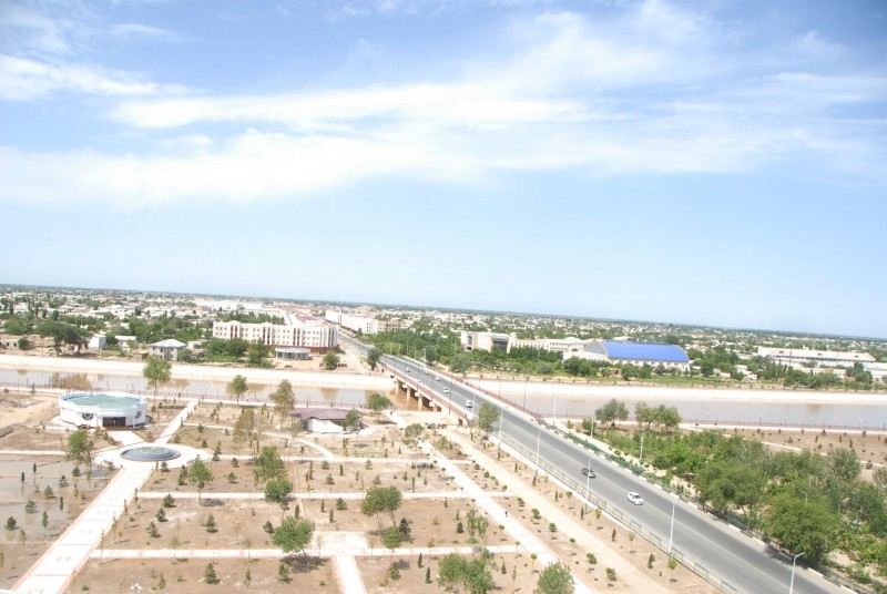 No news is Nukus: An aerial view of a city square. (Photo: Karakalpakstan government website)