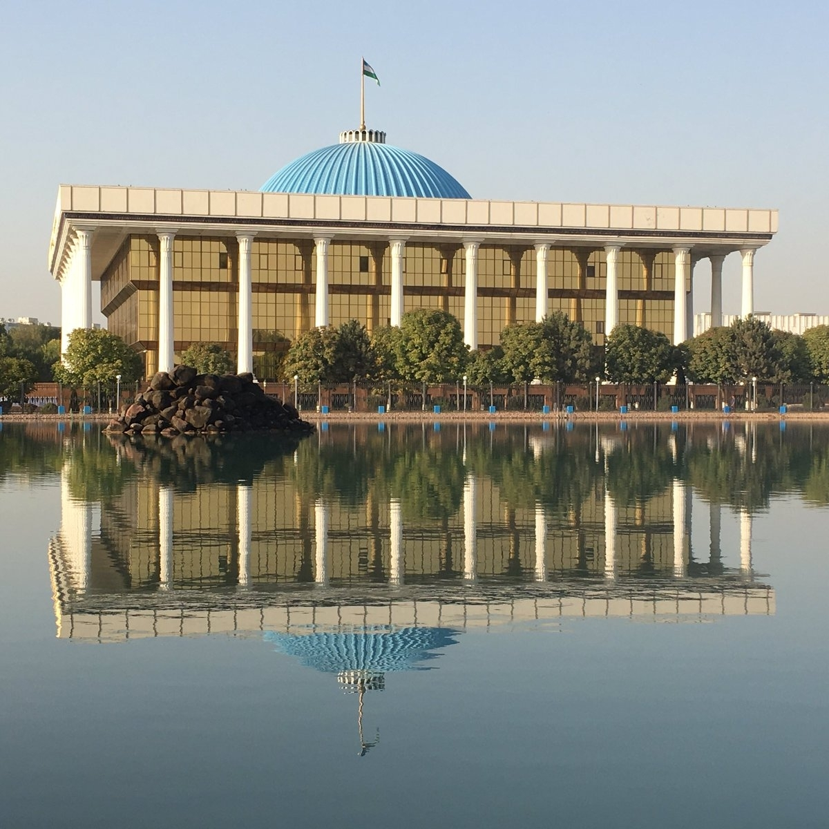 Uzbekistan's parliament, which is known as the Oliy Majlis. (Photo: Eurasianet)