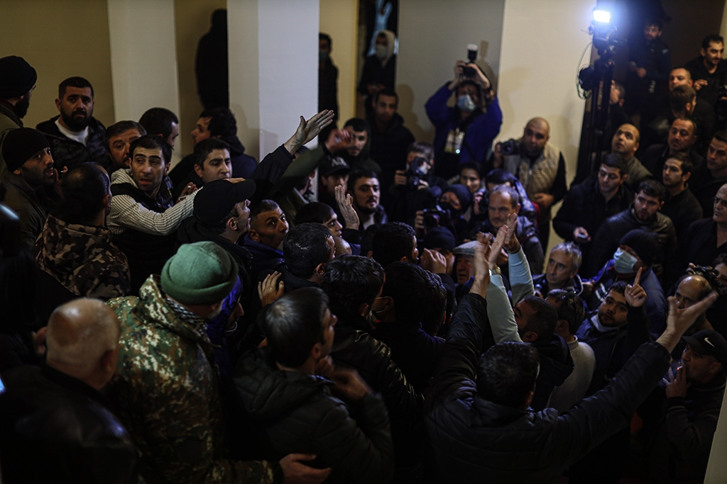 Protesters break inside the Armenian Parliament