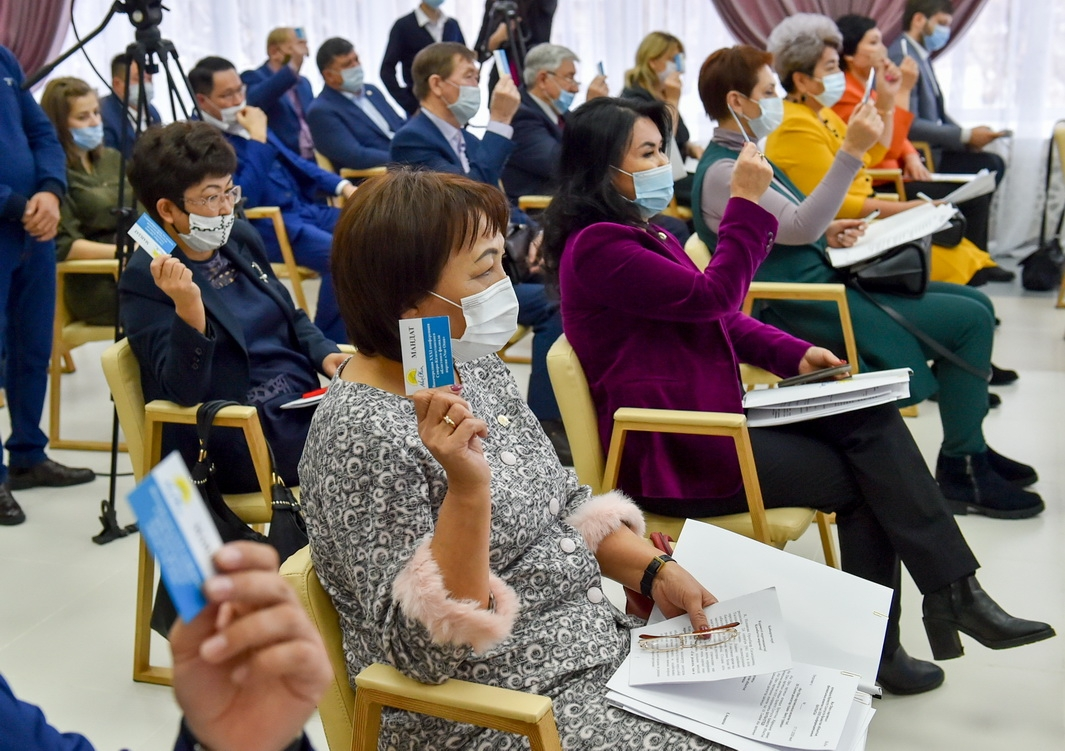 Kazakhstan sleepwalks toward choice-free parliamentary election