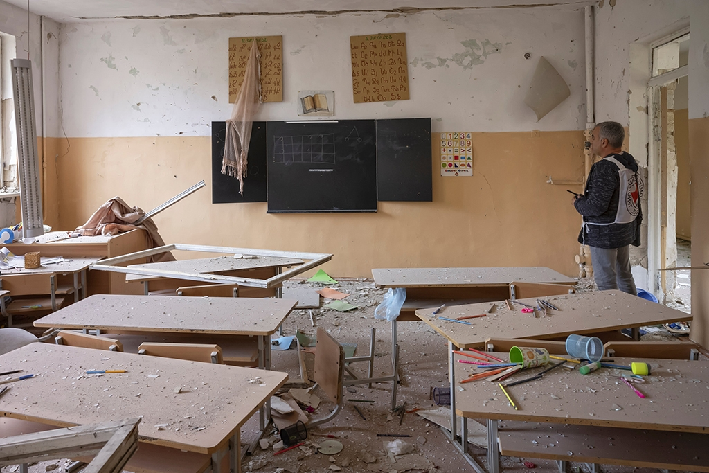A Nagorno-Karabakh school hit by shelling during the recent war (photo: ICRC)
