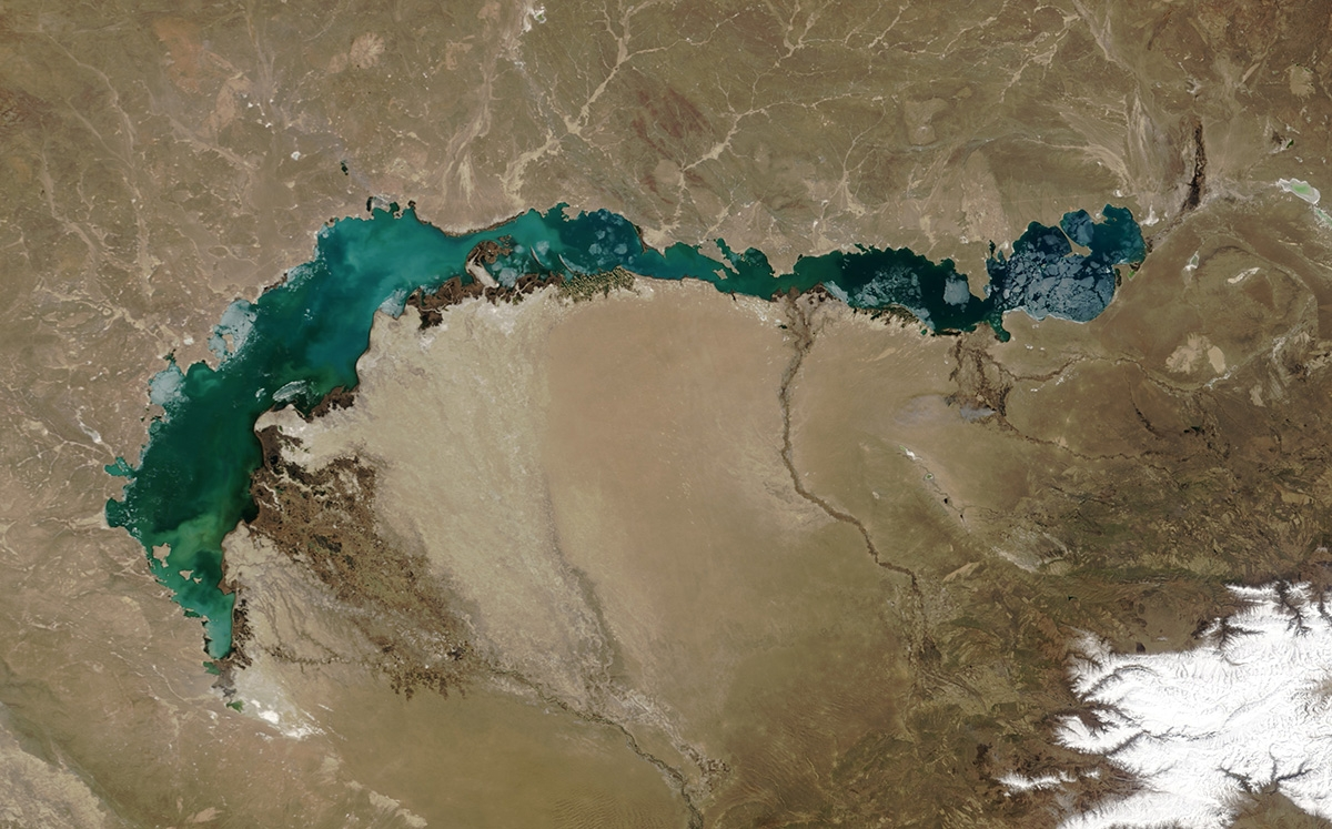 Lake Balkhash in April 2003 (NASA)