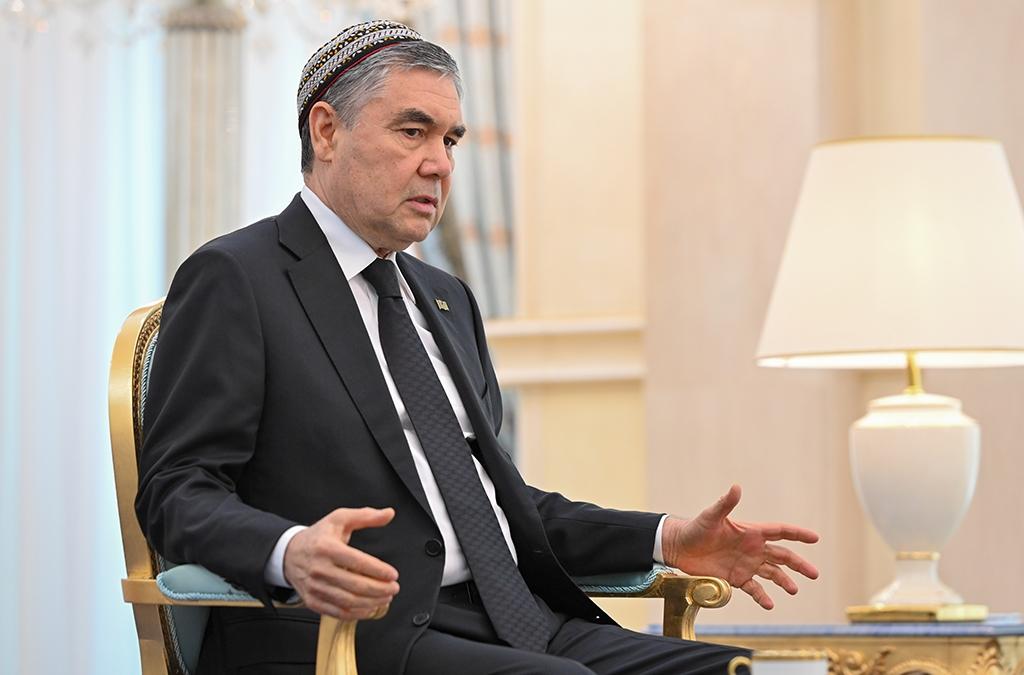 Turkmenistan: Hot under the collar
