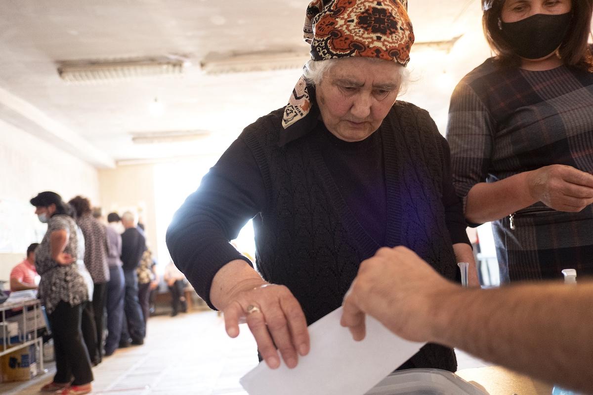 Sevan voting