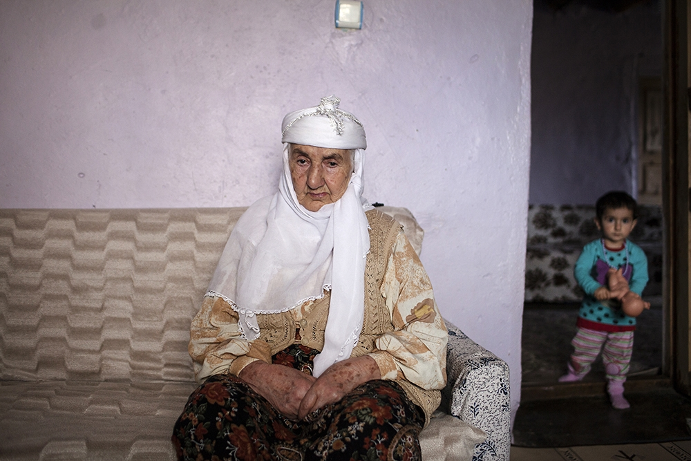 Marde, who speaks very little Armenian, had most of her family migrate from Sason to Muş.