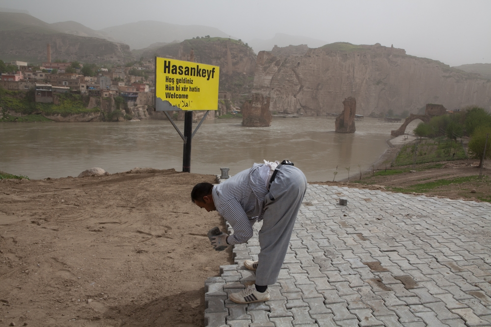 Hasankeyf is increasingly gearing itself up for tourism prior to the flooding of the  valley.