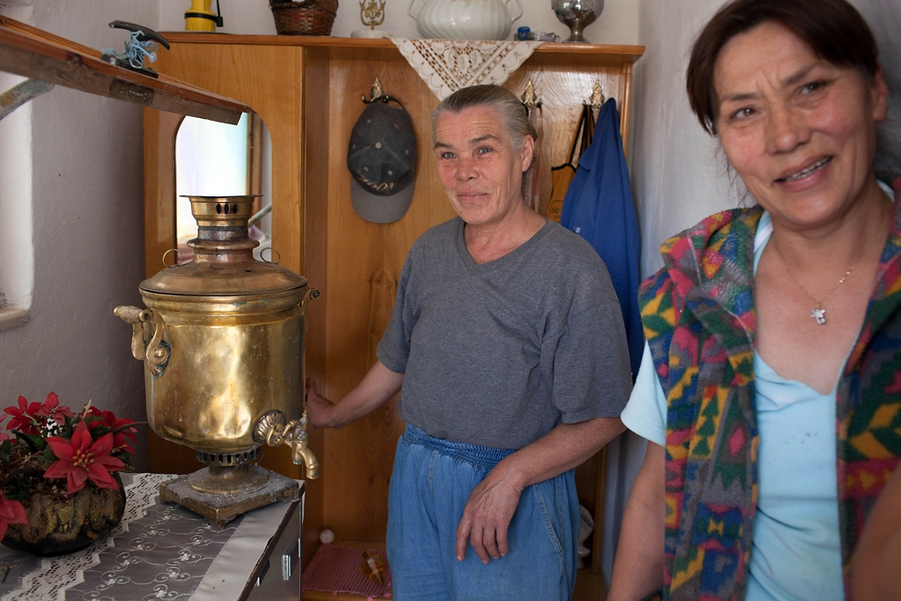 Posing with a samovar, sisters Ravza and Seviyye Melle say their family was among the first to settle in Osmaniye.