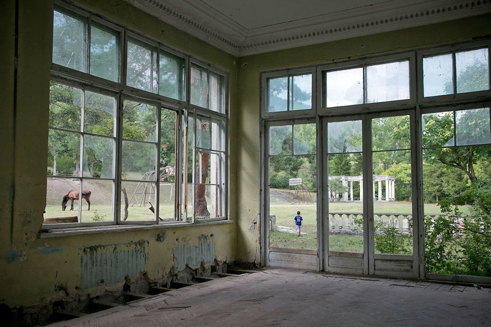 At the height of its popularity, the Soviet-era Likani sanatorium could accommodate 2,000 guests.