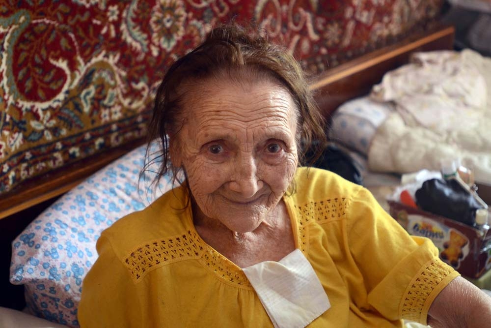 Nina Kotoashvili and her cousin, 92-year-old Raisa Ivanova, rely on Caritas to provide healthcare directly in their shared home.