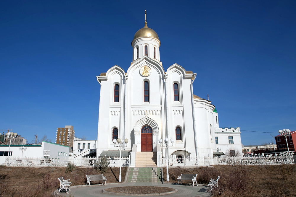 Present in Mongolia since 1873, the new building of the Russian Orthodox church was consecrated in 2009.