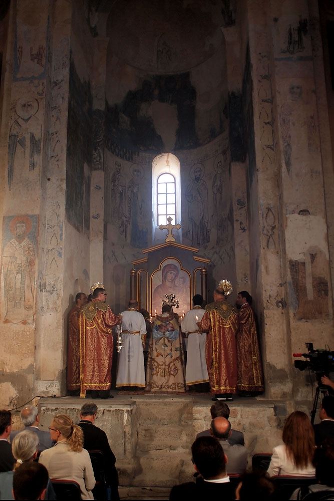 Clergy from Istanbul's Armenian Patriarchate lead Sunday's mass.
